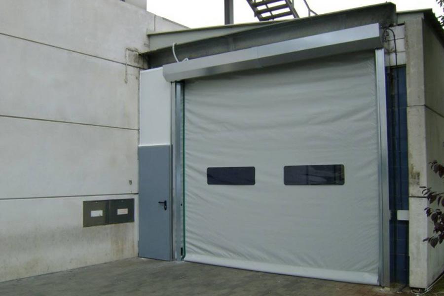 white high-speed-rolling-door900x600-UKHighSpeedDoors.co.uk